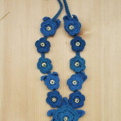Cotton crochet flower necklaces